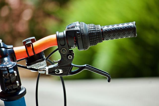 Bici in carbonio: caratteristiche, peso, pro e contro