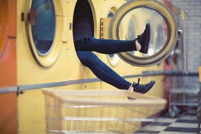 Come si lavano i costumi da bagno senza rovinarli?