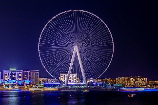 Dubai: tra lusso e tradizione